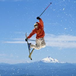 10 Of The Best Gear For Freestyle Skiing