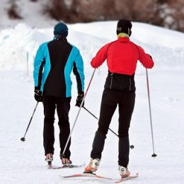 10 Best Gear for Cross Country Skiing
